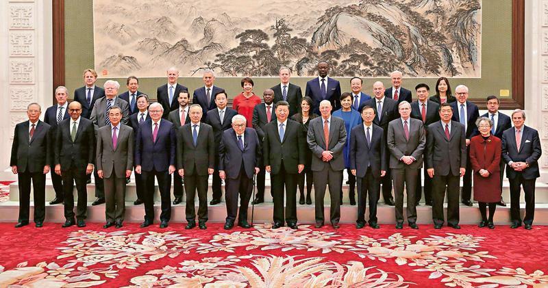 習近平:盼中美首階段協議公平平等 晤基辛格等 稱中國夢非霸權夢