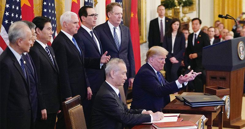 中美簽署首階段協議  關稅暫不撤  北京大量採購  專家:作出很大讓步