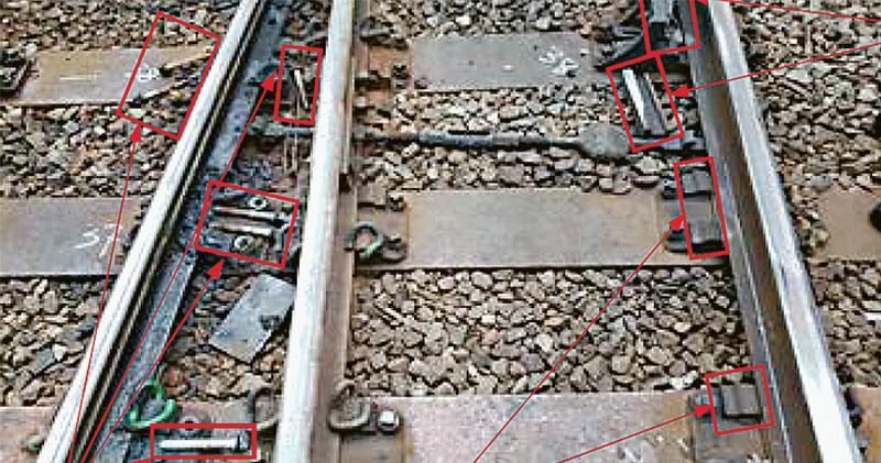 出軌原因曝光  揭港鐵疏管維修  軌距過闊肇禍  報告指早已超標  未答管理層責任