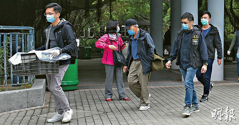 公園涼亭CCTV對正牀鋪 警邀事主返署錄口供 警涉毁露宿者家當 議員函康文署索片