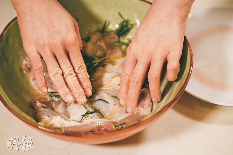 【夏日水果菜式】香橙配鵪鶉 雜莓伴三文魚 鮮果入饌 甜酸醒胃新口味(附食譜)