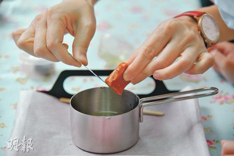 【DIY手工藝】天然小蚊磚 香茅薄荷味驅蚊