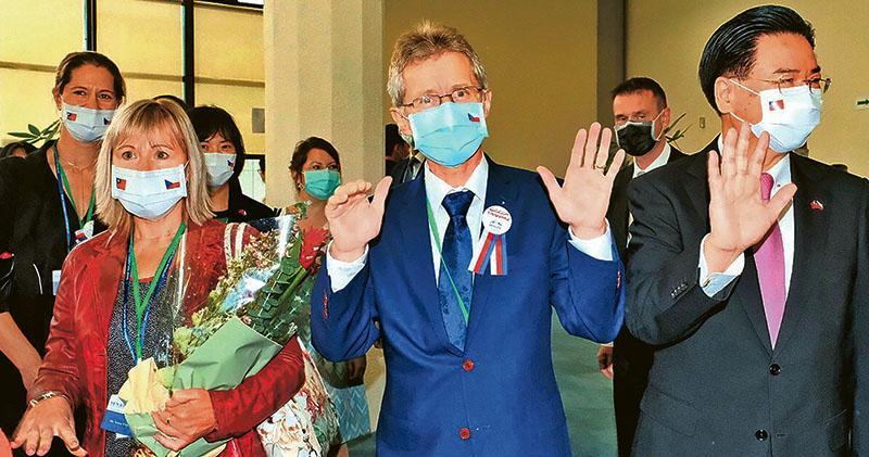 捷克代表團訪台 擬拓經貿合作 中國使館斥干涉內政 蔡:加強防疫國際參與觀光合作