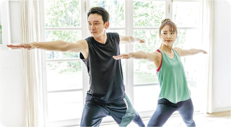 互相鼓勵——兩夫婦如同時喜歡運動,可以齊齊在家做訓練,互相鼓勵,增進感情。(itakayuki@iStockphoto)