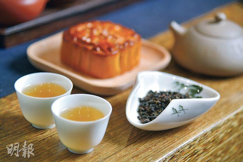 品茗邀月  樂享中秋  月餅配茶  完美互補