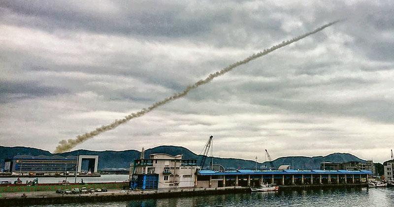 台「無限高」導彈試射前 陸軍機進空域 台專家料應對大陸短程彈道導彈