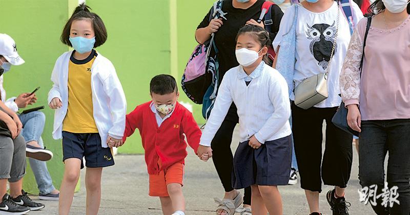 上呼吸道感染飈20倍 幼園停課兩周 戴口罩仍爆發 陳肇始:倘沒好轉或延長休課