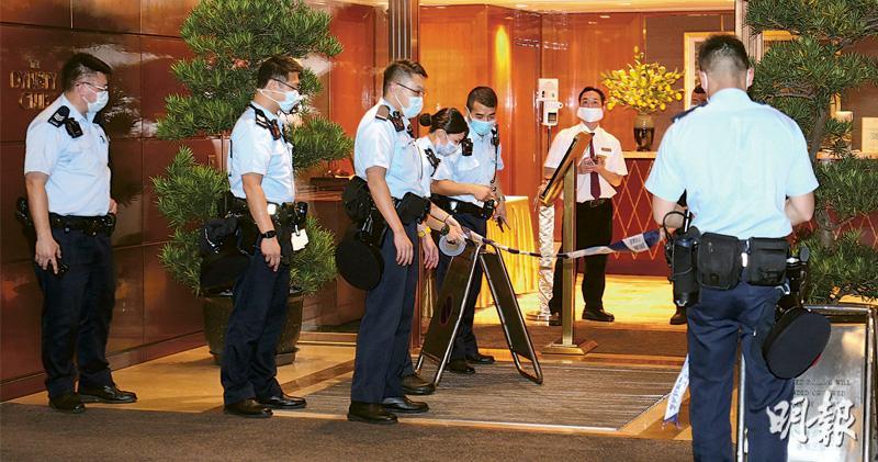 馬雲好友 富商錢峰雷遭3煞斬傷 登座駕司機載返家送院 重傷助理現場報警