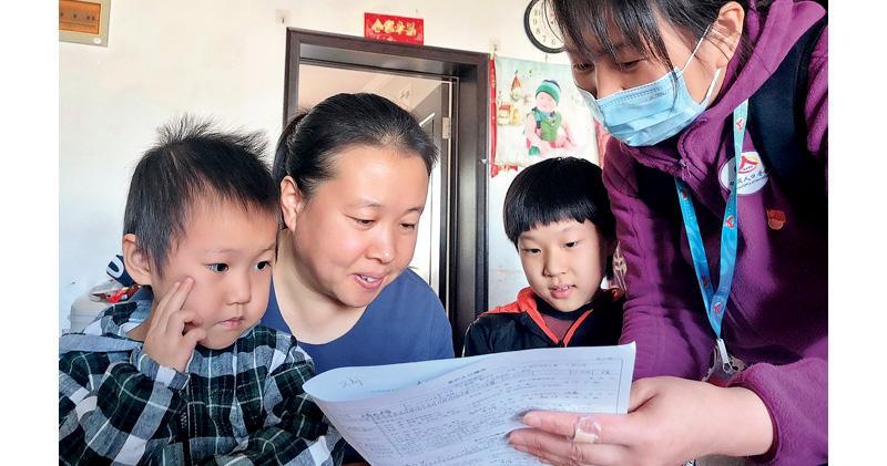 苗圩:二胎沒增生育 老齡問題益顯 「十四五」倡增強生育政策包容性 或再鬆綁
