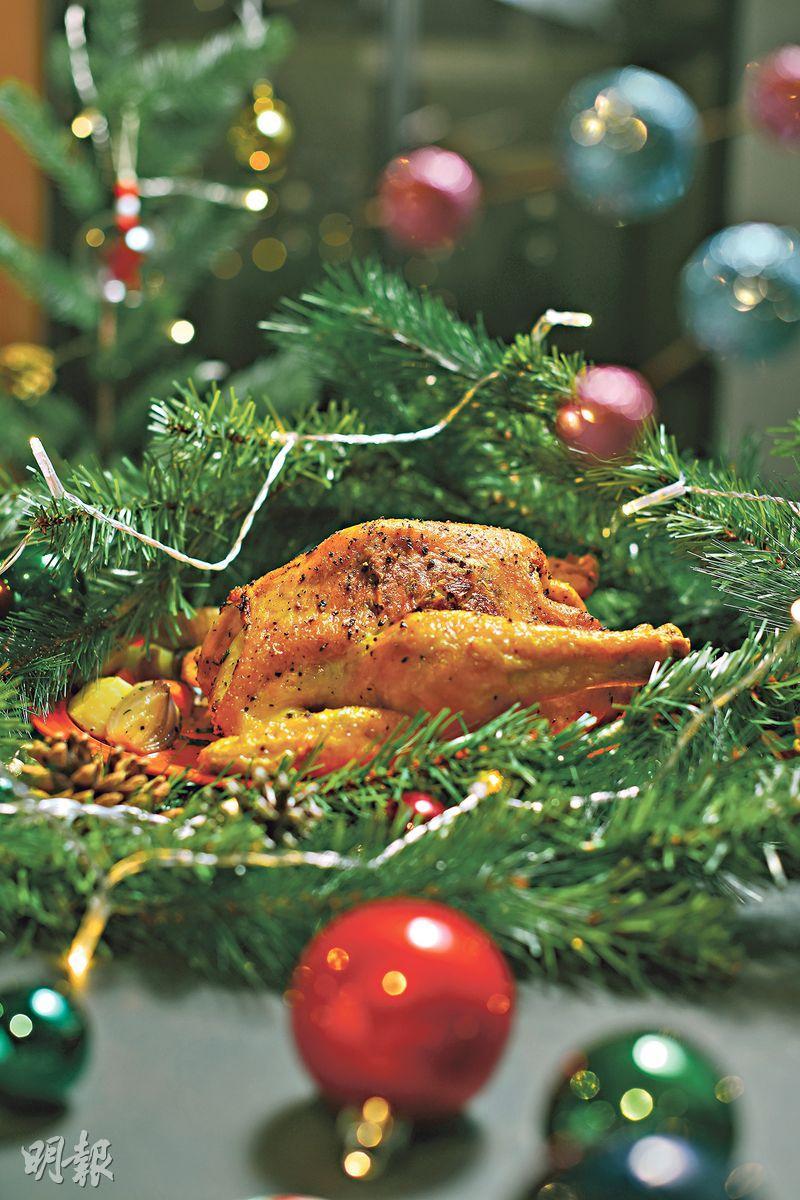 聖誕寫意食譜 Son姐香脆烤雞不敗秘訣 香草牛油塗抹皮肉間 雞皮香脆到卜卜聲!