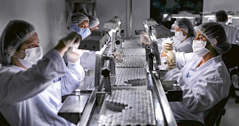 臨牀數據延公布 科興疫苗難如期供港  稱德藥廠已交資料  許樹昌料先打BioNTech疫苗