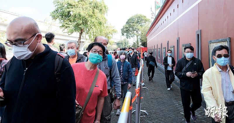 粵港澳通關不排除須先打疫苗 張建宗:疫情穩健向下可爭取 工盟:需尊重港人選擇權