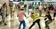 7‧21保護女記者被毆 首名傷者出庭:「白衣人見林卓廷後 拍閘機襲市民」