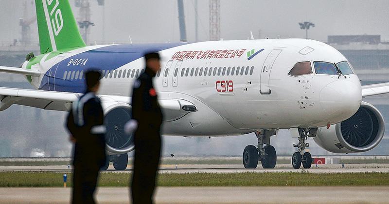 中國擬藉新推出的國產商用民航機C919,搶佔國際民航機市場。(資料圖片)