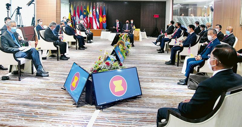 東盟達5共識 促緬軍停暴力展和談 敏昂萊未有公開回應 軍方續鎮壓示威