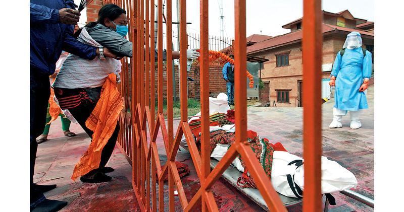 南亞3國確診急增 恐步印度後塵 尼泊爾孟加拉封城 專家:變種病毒及抗疫冷感成主因