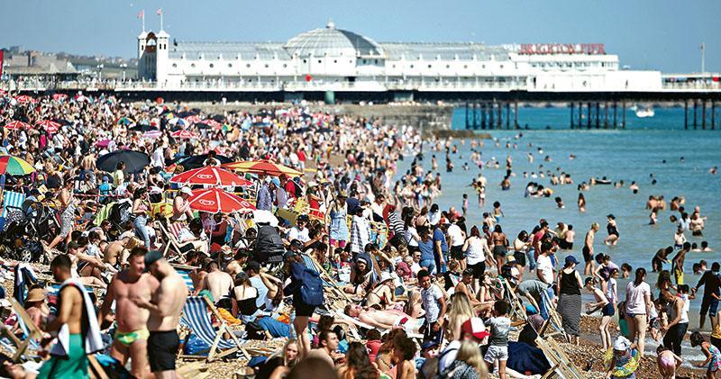 歐盟推新冠護照  暑假旅遊擬鬆綁  成員國最遲7‧1接受數碼證書