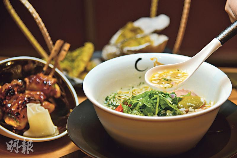 日本星級過江龍 黃金湯拉麵夠「蠔」