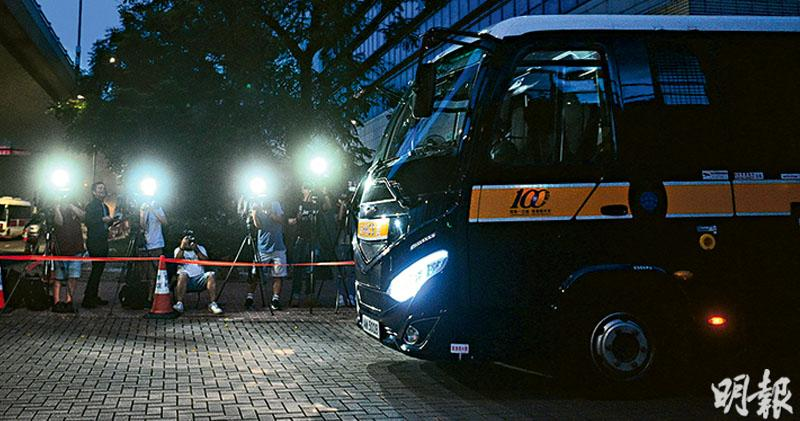 控串謀恐怖活動 「光城者」3學生還押 1人15歲 國安法最年輕被告 另6人保釋
