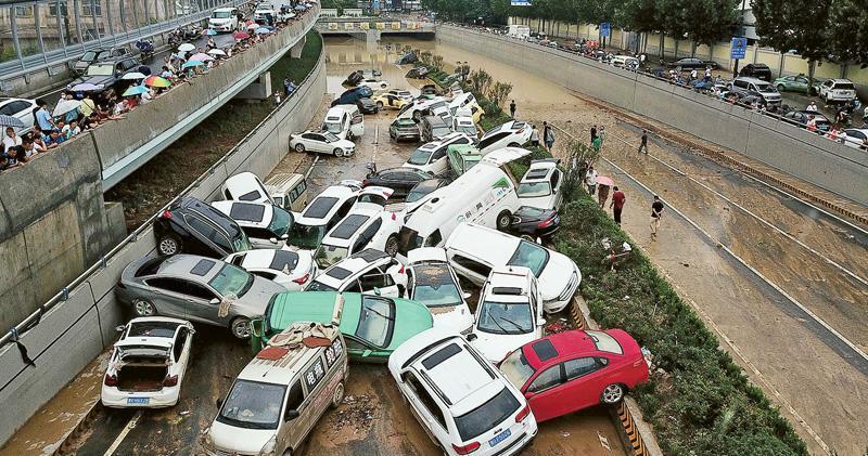 鄭州隧道排水 現汽車墳場死傷未明 河南水災累計33死8失蹤 強雨帶北移