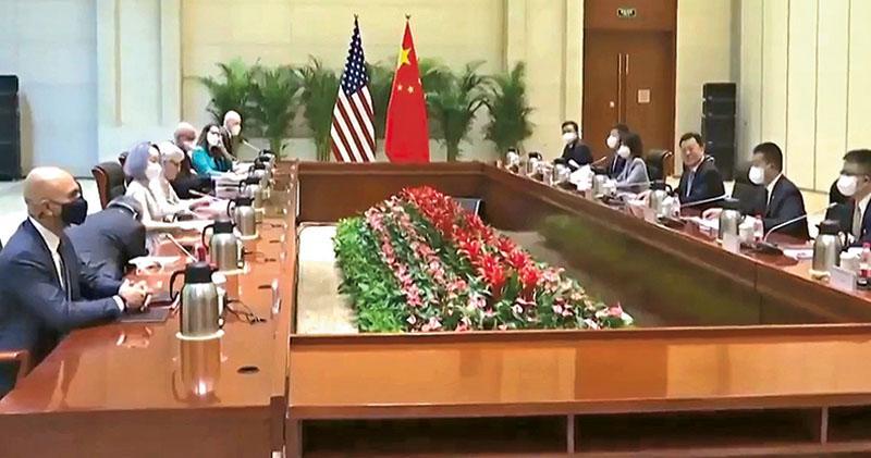 美國副國務卿舍曼昨早在天津與中國外交部副部長謝鋒會晤,這是中美高層自3月在阿拉斯加激烈交鋒後,再度舉行面對面會談。(網上圖片)