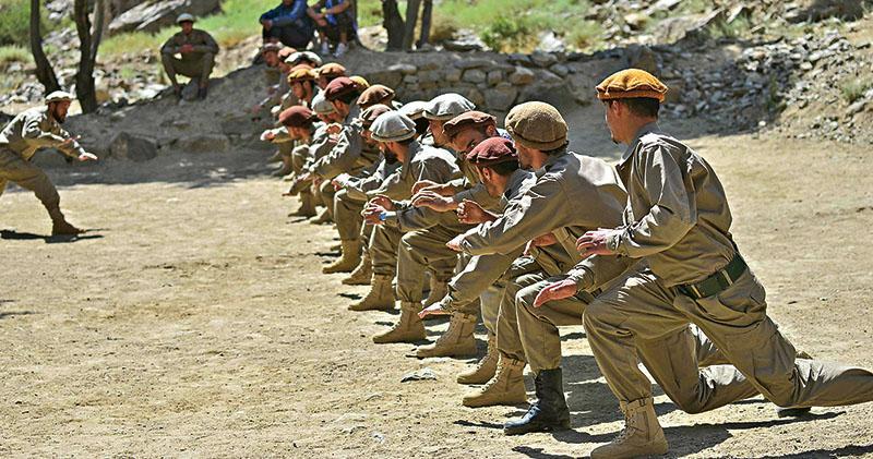阿富汗前政府兵奪回北部3縣 塔利班「回朝」一周 首爆武裝衝突