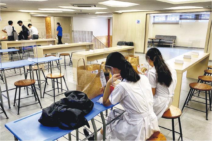 首批全日面授 料遇人手困難 更多年級恢復全日課 教師難兼顧半日課程